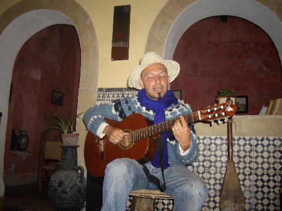 Riad Sidi Magdoul - Le coin des Artistes: Bossa Nova