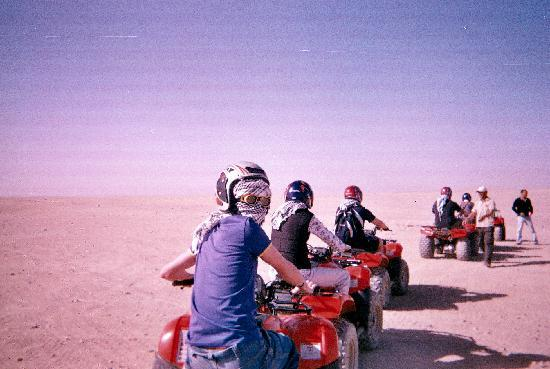 Ali Baba Palace: Quad Biking through the Dessert