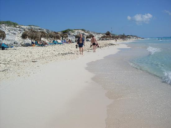 Iberostar Playa Blanca: Plage au Jour de l'an