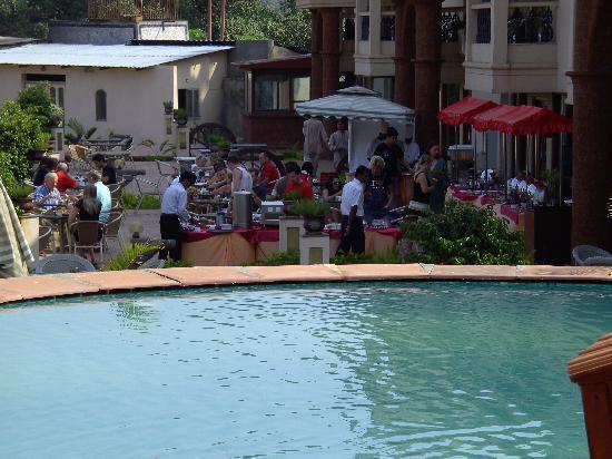 Sun City Resort: breakfast area