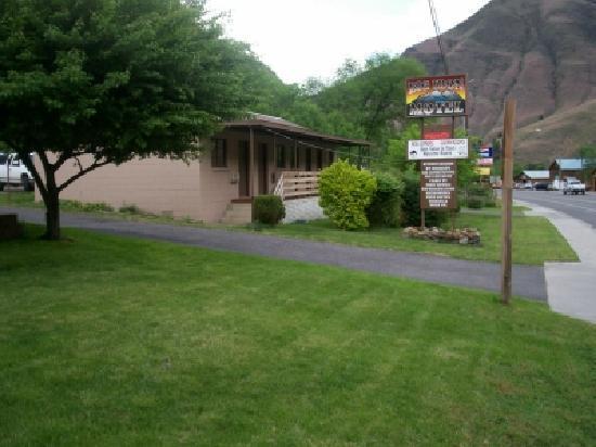 Big Iron Motel: Summer at  Big Iron