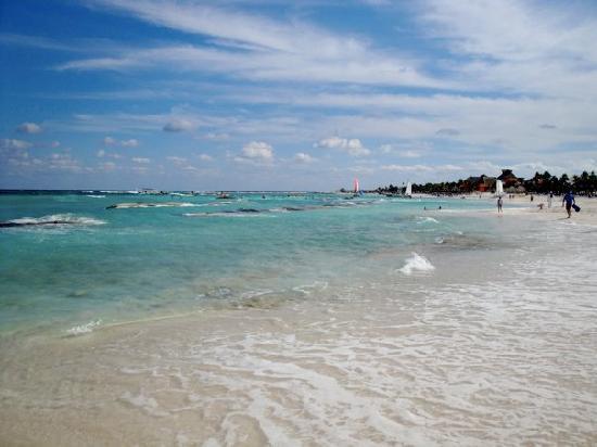 Luxury Bahia Principe Akumal: The Beach