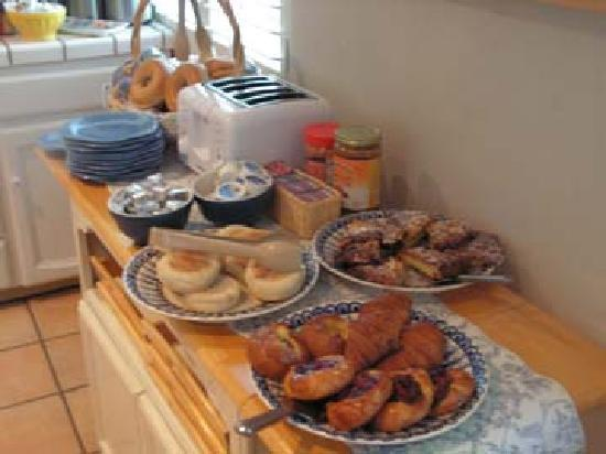 Carmel Country Inn: Parker Lusseau Pastries, Grocery Store English Muffins & Cypress Baking Company Bagels