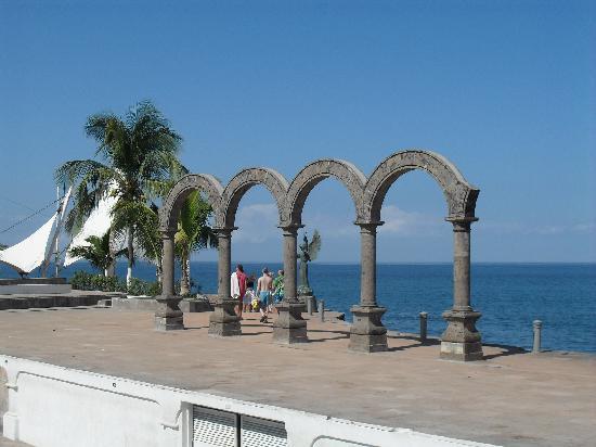Hacienda Buenaventura Hotel & Mexican Charm All Inclusive: The Malecon Boulevard