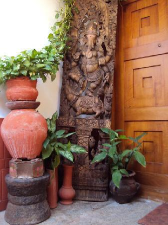 Vatika Guest Home: GaneshaGanesha at the front door