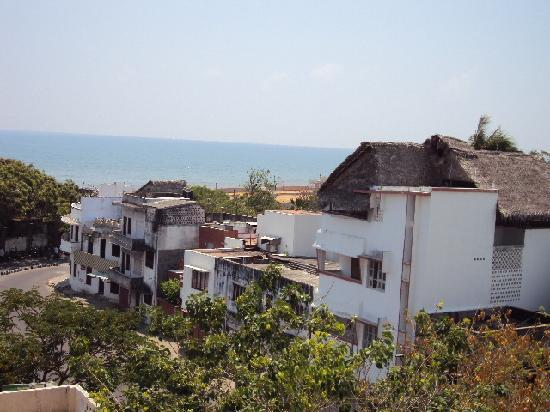 Vatika Guest Home: View of the ocean from the rooftop