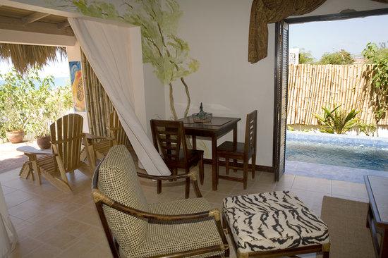 Marblue Villa Suites: papaya Waters Suite for Honeymooner's