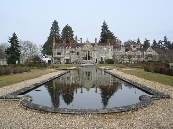 Rhinefield House Hotel: View from the rear of the hotel