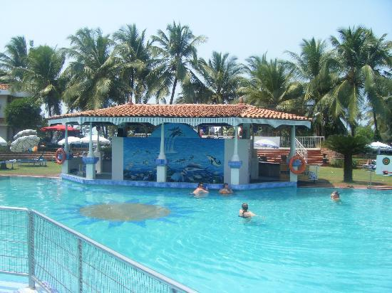 Heritage Village Resort & Spa Goa: pool view