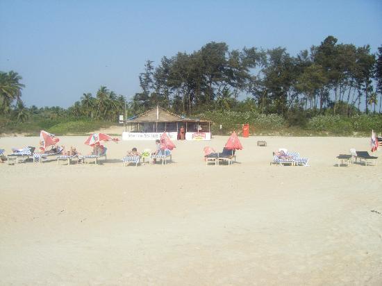 Heritage Village Resort & Spa Goa: beach very quiet