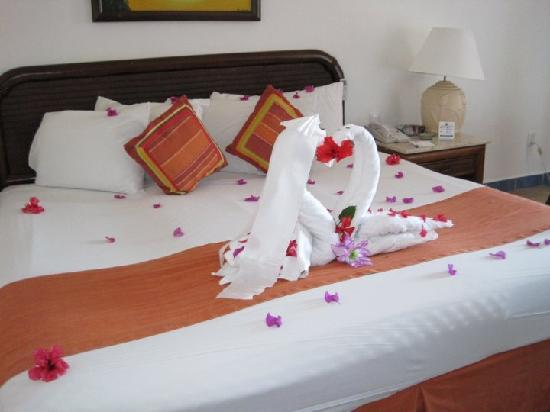 Hotel Cozumel and Resort: Our room on arrival