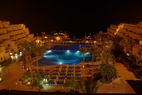 ClubHotel Riu Buena Vista: Hotelanlage von oben , bei Nacht
