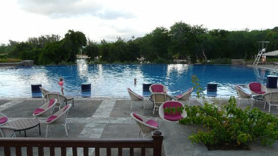 Club Med La Plantation d'Albion: piscine principale
