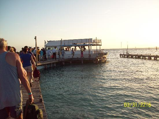 Isla Mujeres, Mexico: The ferry back to Cancun after a great day