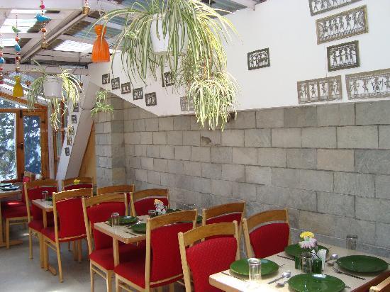 Brightland Hotel: Roof-top restaurant
