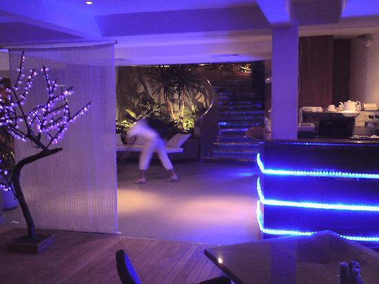 Hotel Lagon II: Interior as a 70s disco - but calm and pleasant!