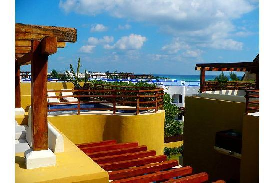 Pueblito Luxury Condohotel: another view from the rooftop