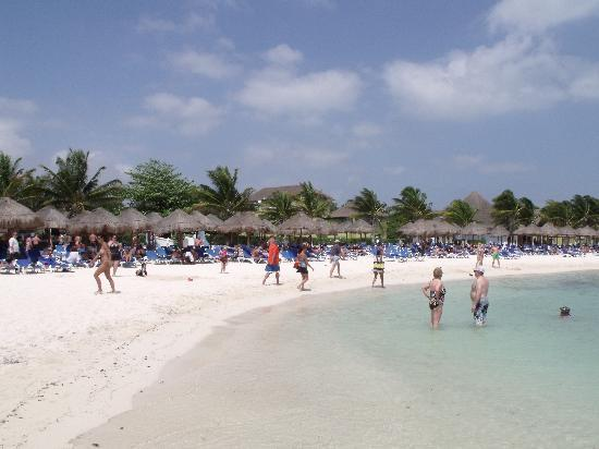 Sandos Caracol Eco Resort: Beach