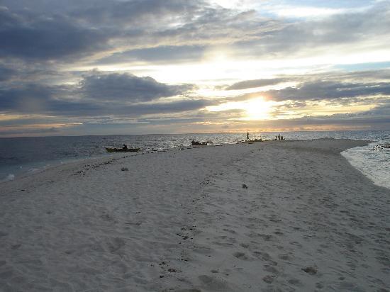 Mambajao, Philippines: white Island