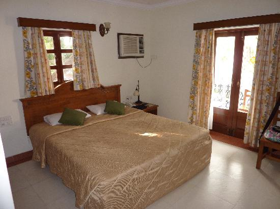 Candolim, Indien: Room at Victor Exotica