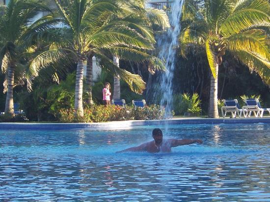 Valentin Imperial Riviera Maya: cool, cool water