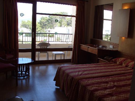 Alua Hawaii Ibiza: chambre