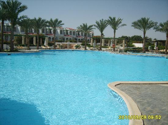Coral Beach Resort Tiran: one of the 3 pools