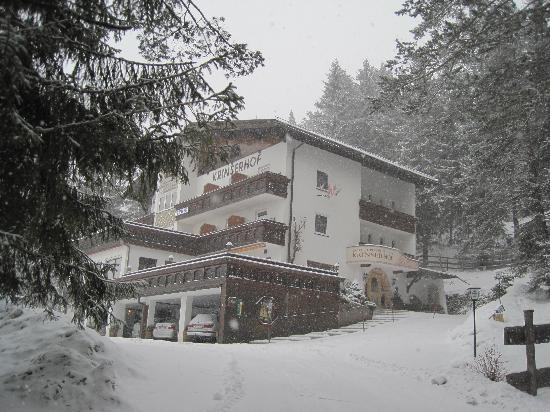 Pension Krinserhof: Krinserhof in the snow