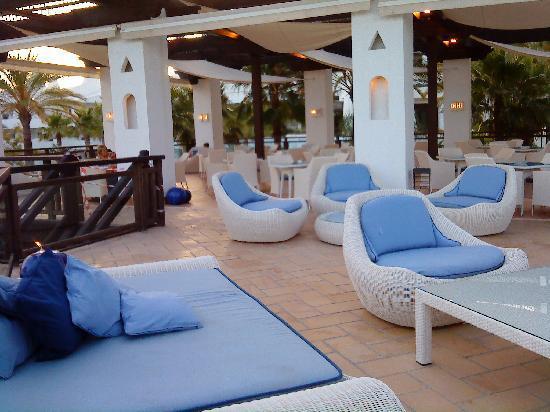 H10 Estepona Palace: The 'adult' bar