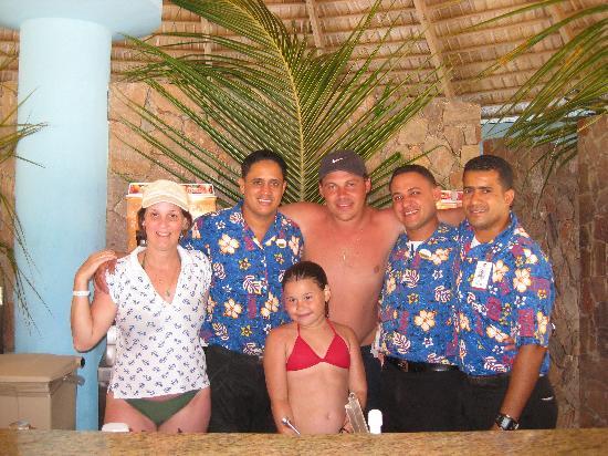 Majestic Elegance Punta Cana: Convidando con mate