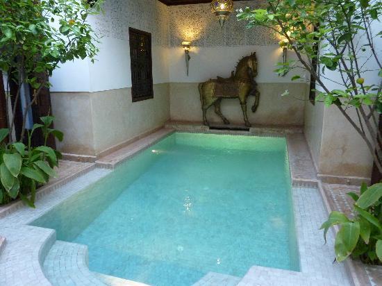 Riad Assakina: piscine