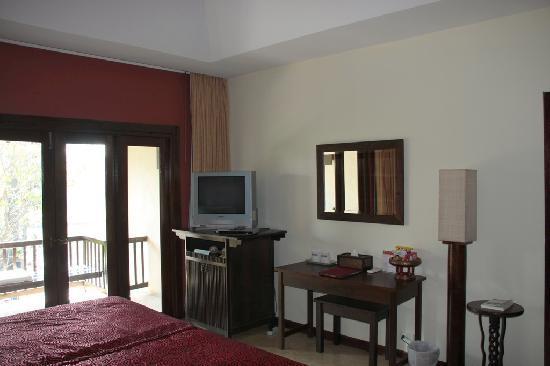 Lanna Dusita Riverside Boutique Resort: Our Superior room.