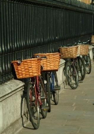 Cambridge, UK: These bicycles invade the streets