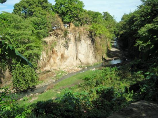 "Granada, Nicaragua: Behind where my uncle lives is called in NIcaragua ""El Arroyo"""