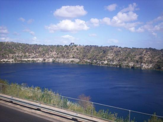Mount Gambier, Australia: The Blue Lake (an extinct volcano), Mt Gambier, South Australia