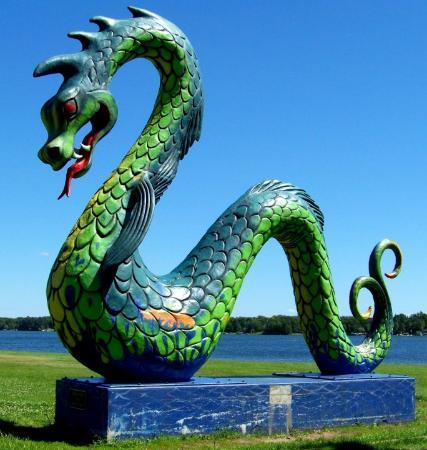 Serpent Lake Serpent, Crosby