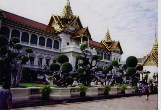 Wat Phra Kaeo-tempelet: Wat Phra Kaew, Bangkok, Thailand 1/2003