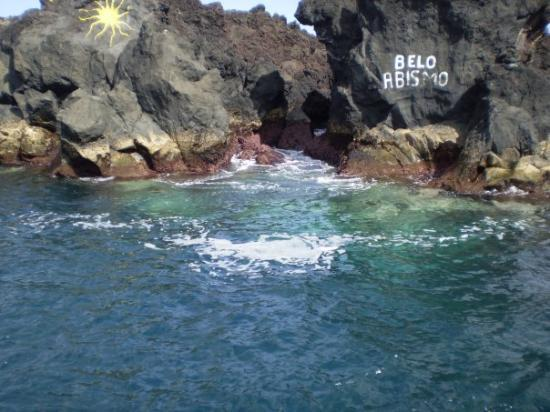 Angra do Heroísmo, Portugal: Swimming hole in Biscoitos