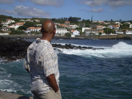 Angra do Heroísmo, Portugal: Mychael in Porto Martins