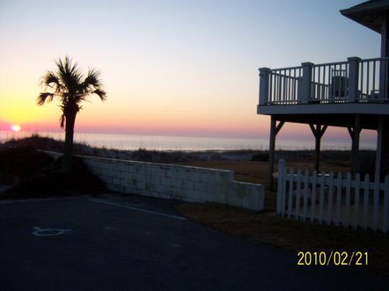Jacksonville, FL: sunrise at the beach