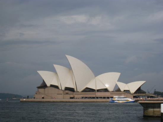 Sydney Opera House: OPERA HOUSE!!