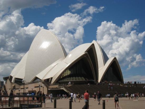 Sydney Opera House: 再看一次還是覺得超壯觀!!