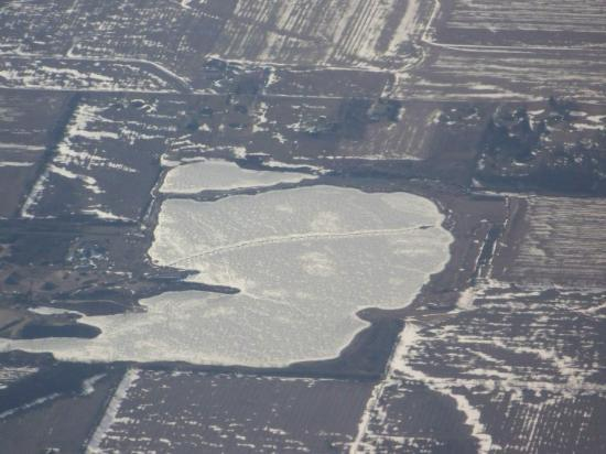 Crawfordsville, IN: You'd be surprised how long it too me to realize it was a frozen lake and snow!