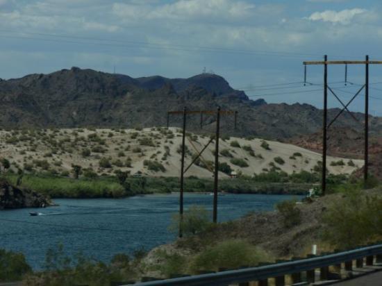 Leesburg, FL: Beautiful lake in the mountains of Arizona