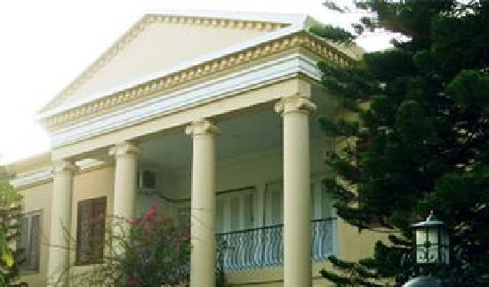 Continental House: Continental Inn