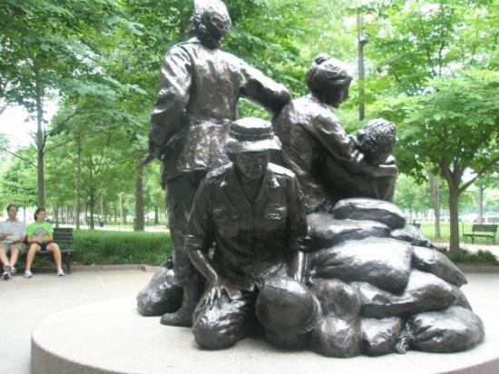 Vietnam Women's Memorial: memorial to the nurses that served in the Vietnam War