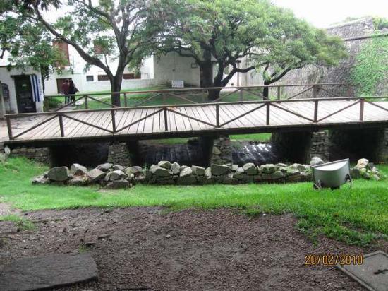 Colonia del Sacramento, Uruguay: Puente