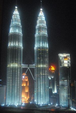 Traders Hotel, Kuala Lumpur: Twin Towers