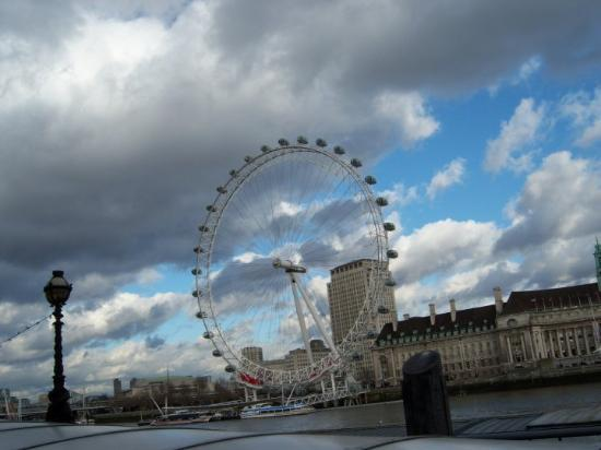 The London Eye: London eye