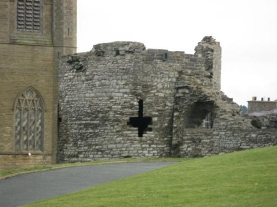 Aberystwyth, UK: Ruins in the foreground beside the newer church